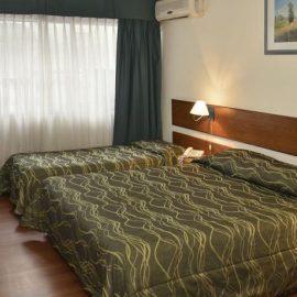 Hotel Hispano – Quadruple Room